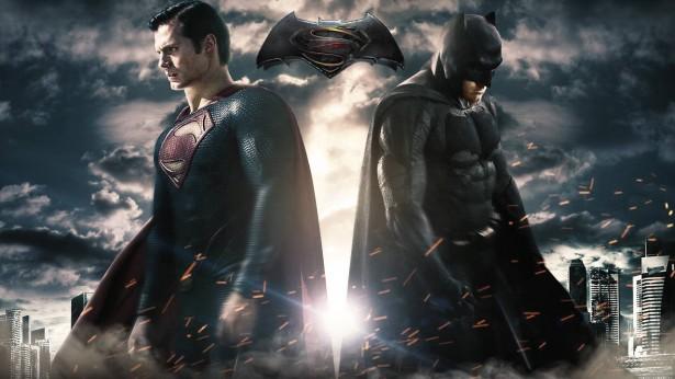 """""""Vocês vão ver um Batman diferente dos últimos"""", diz Michael Wilkinson sobre Batman vs Super-Homem"""