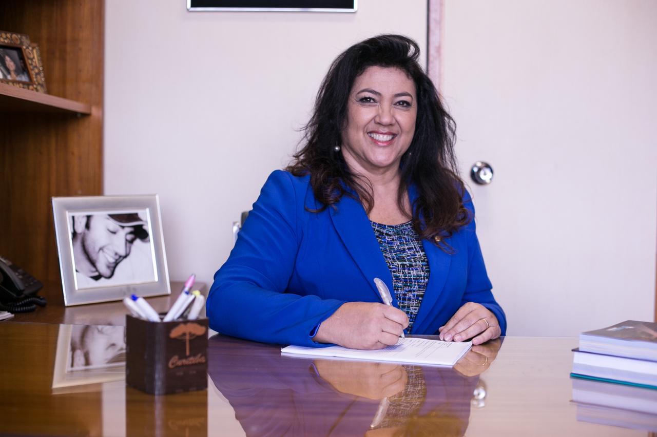 Deputada-federal- -Christiane- Yared-PL