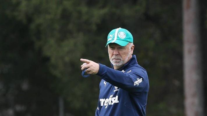 Perfil experiente volta à pauta do Atlético-MG para comandar elenco