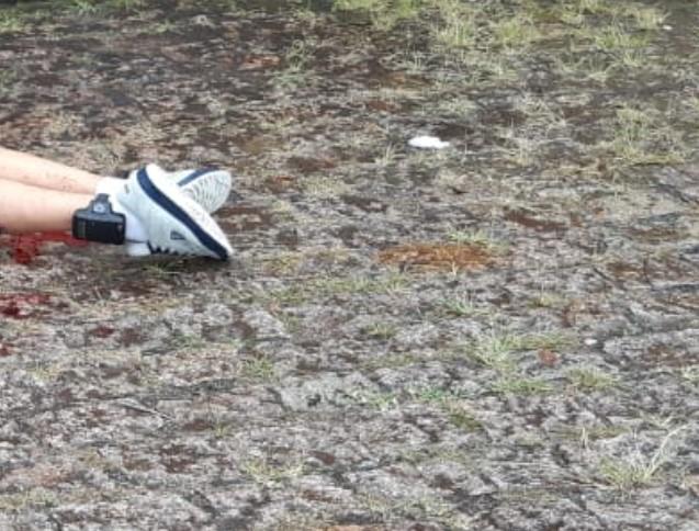 Atirador dispara 10 vezes contra rapaz com tornozeleira eletrônica no Boqueirão