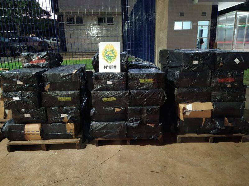 PM apreende cerca de 2400 pacotes de cigarros contrabandeados em porto clandestino