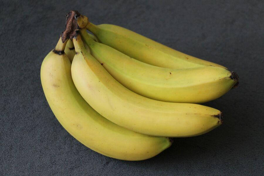 Comprou alguma fruta verde? Aprenda como amadurecê-la mais rápido