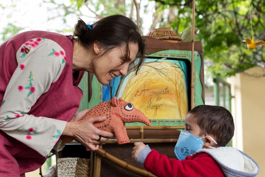 Hospital Pequeno Príncipe recebe projeto teatral itinerante