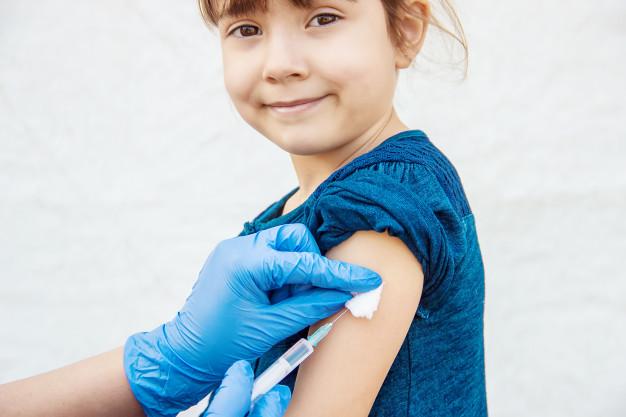 Volta às aulas: vacinação também exige atenção no retorno escolar; entenda