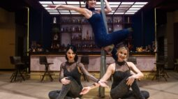 Atrizes aprendem dança em tecidos para as filmagens de Amor Sem Igual