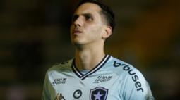 Gatito Fernández não vê momento para volta dos treinos