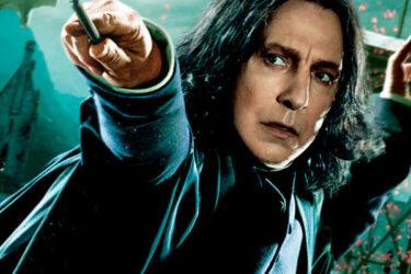 J.K. Rowling se emociona em depoimento sobre Alan Rickman, o Snape