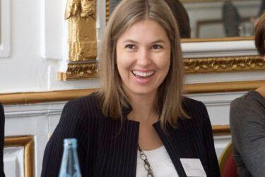 Elisa Orth: uma cientista premiada em defesa da ciência e da tecnologia