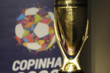 Internacional e Grêmio decidem título da Copinha pela primeira vez na história