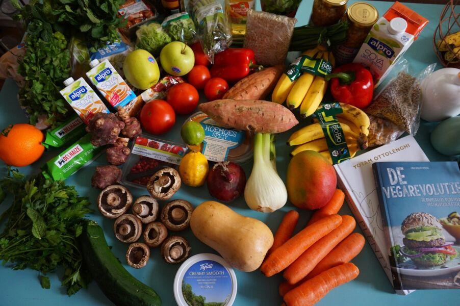 Ação Com Vida: campanha arrecada 1,6 tonelada de alimento para pessoas em situação de vulnerabilidade