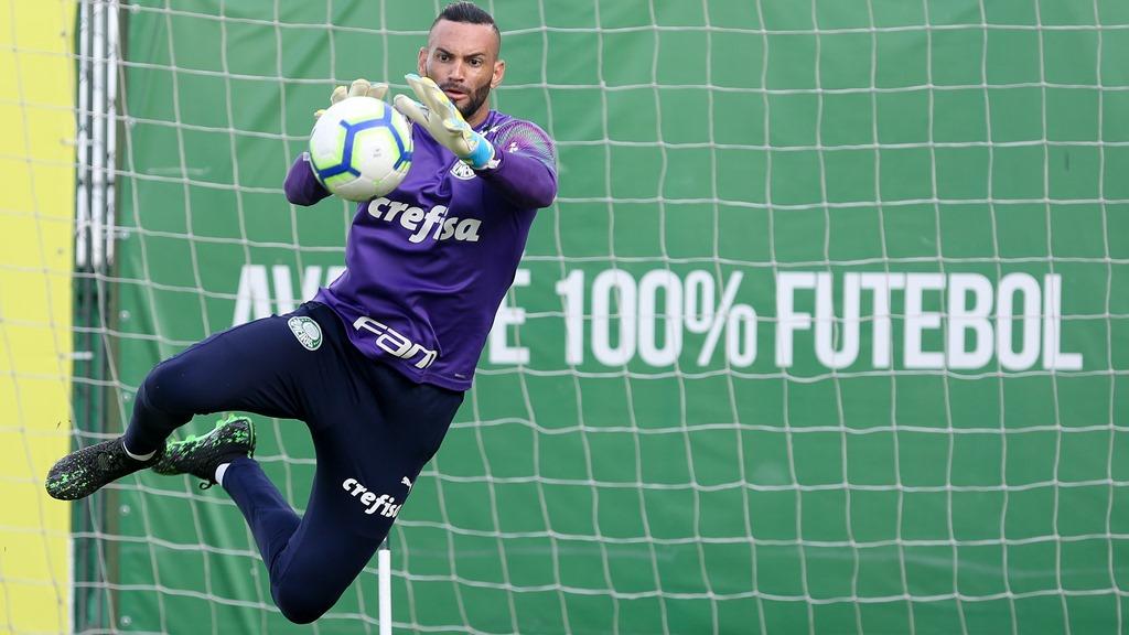 Weverton celebra dois anos de Palmeiras e mira próxima temporada