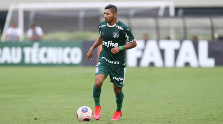 Rony revela orientações de Luxa e faz comparação com Tiago Nunes