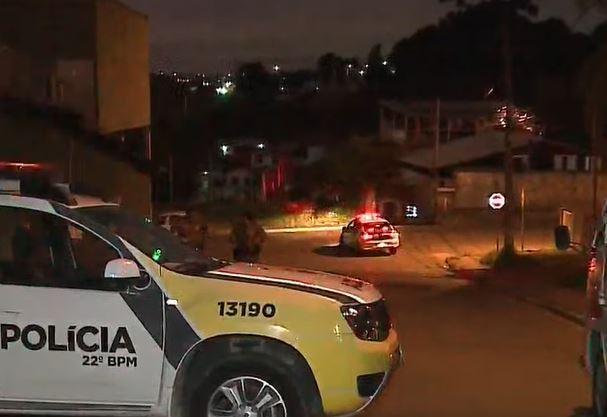 Homem leva tiro ao tentar ajudar vítima de assalto em Colombo, na Grande Curitiba