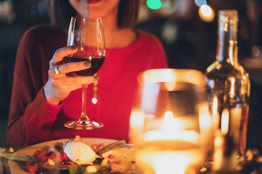 Loja virtual apresenta seleção especial de vinhos para o Dia dos Namorados — e com frete grátis!