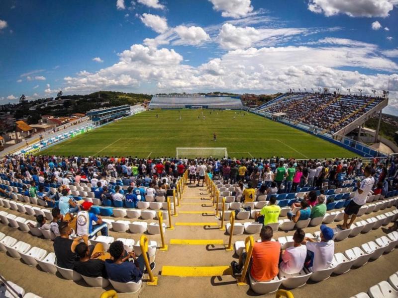 Problemas na Arena Inamar colocam jogo do Corinthians em horário pouco comum