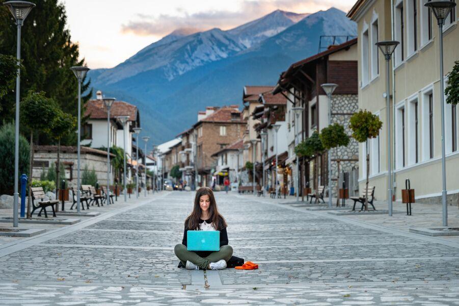Women in Travel realiza webinar sobre o impacto nas mulheres que atuam no setor de Turismo