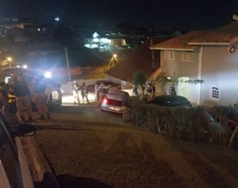 Após perseguição e confronto com a ROTAM, marginal morre no Pilarzinho