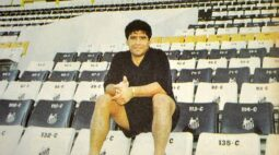 Você sabia? Santos esteve perto de contratar Maradona com ajuda de Pelé