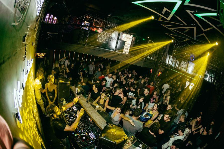 "Level Club recebe festa oficial ""Cîroc Carnival"" neste sábado"