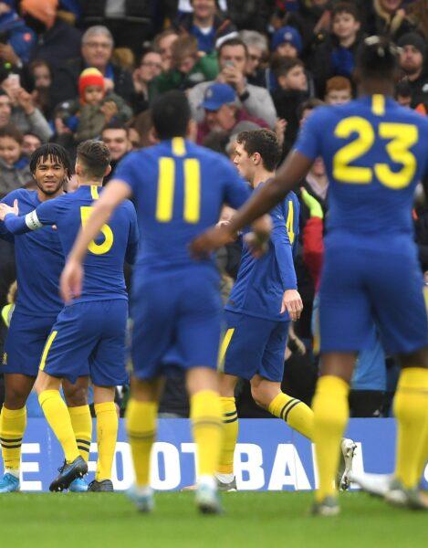 Chelsea bate Nottingham Forest e se classifica na Copa da Inglaterra