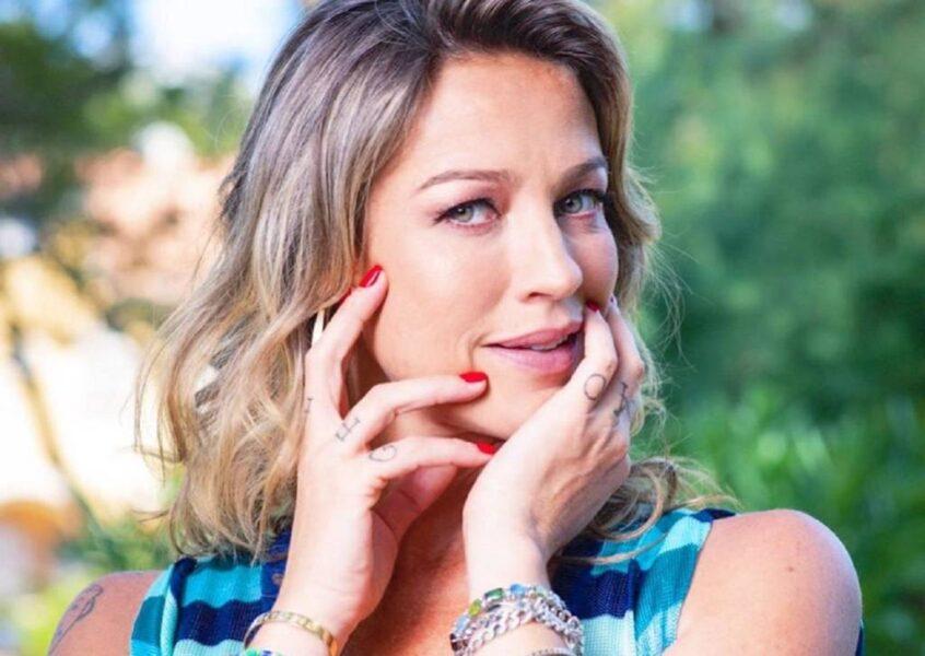 Luana Piovani fala sobre afazeres na quarentena, maternidade e relacionamentos em rede social de TV