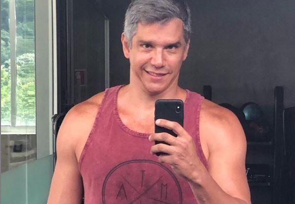 Apresentador Marcio Garcia está internado após sofrer acidente doméstico