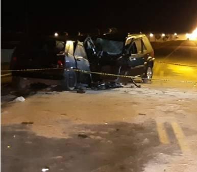 Acidente na BR-153 deixa dois mortos e sete feridos, em Imbituva