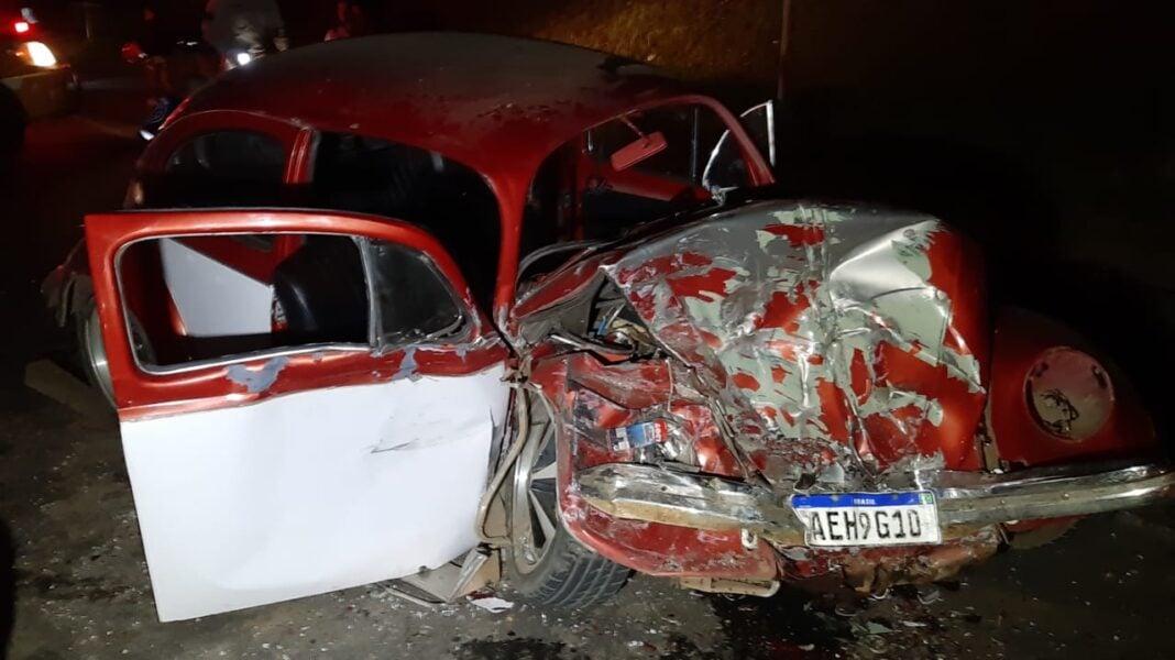 Cinco pessoas ficam feridas em acidente na Rodovia dos Minérios, em Almirante Tamandaré