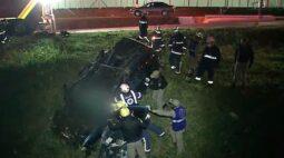 Homem e mulher morrem em acidente de carro no Contorno Sul, em Curitiba