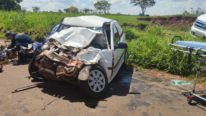 Acidente de trânsito deixa dois mortos e um ferido na PR-340