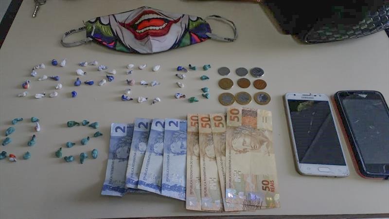 Guardas reprimem tráfico de drogas na Praça Tiradentes