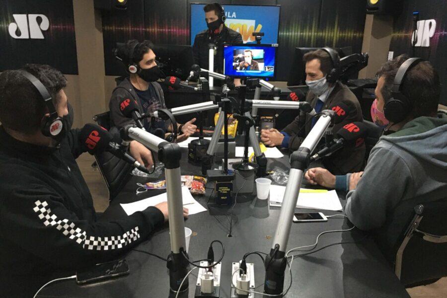 Estreia de Aula Show tem participação especial de humoristas do programa Boa da Pan