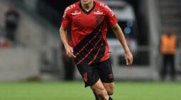 Léo Cittadini recebe sondagens, mas Athletico evita negociação