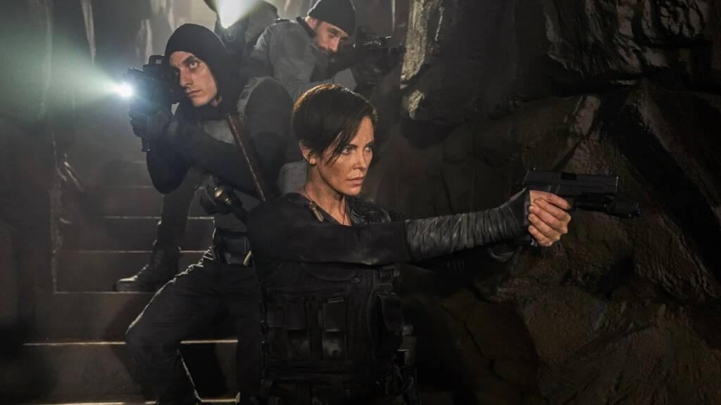 The Old Guard – Charlize Theron lidera esquadrão imortal em trailer com muita ação; veja