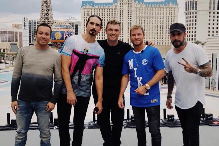 Backstreet Boys cantam, em casa, hit mundial 'I Want It That Way' durante a quarentena