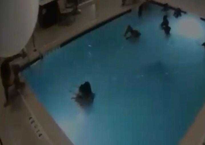 Imagens fortes: bebê se afoga por quatro minutos em piscina lotada de adultos; assista