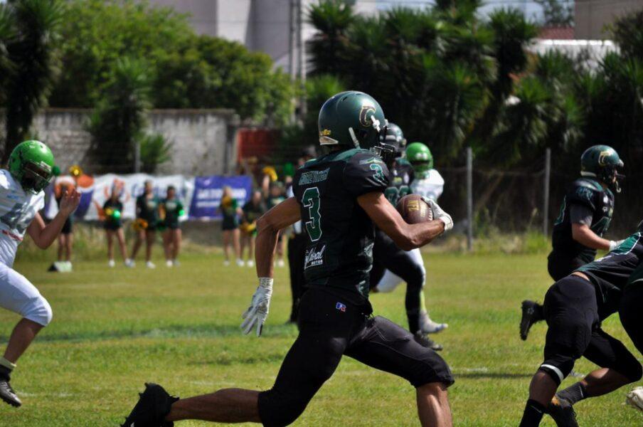 Coritiba Crocodiles vence Paraná HP pelo Campeonato Paranaense de Futebol Americano