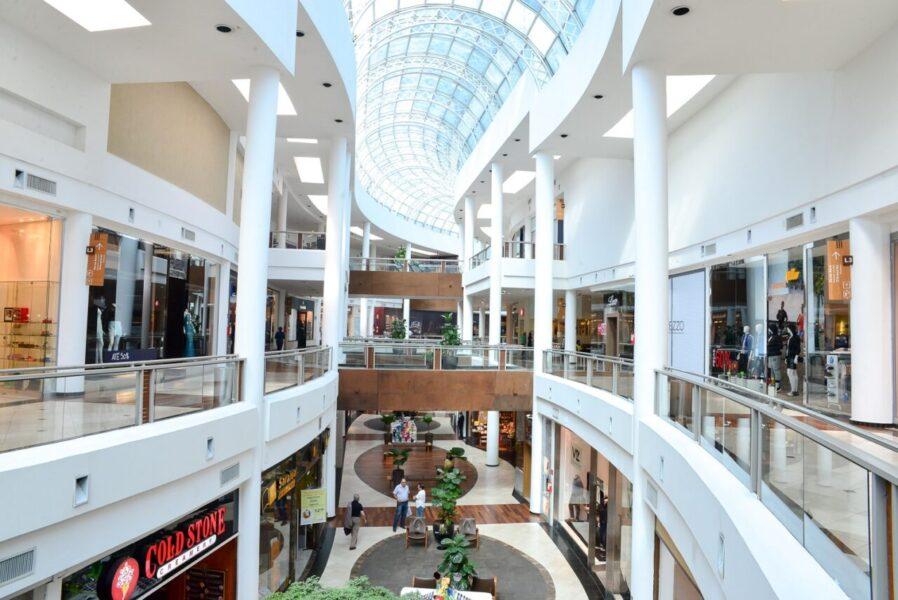 Shoppings de Curitiba se organizam para reabrir na segunda-feira (25)