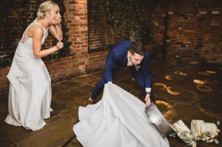bolo de casamento cai
