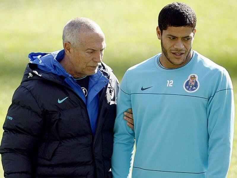 """Hulk exalta Jesualdo, do Santos: """"Tudo é mais fácil com ele"""""""