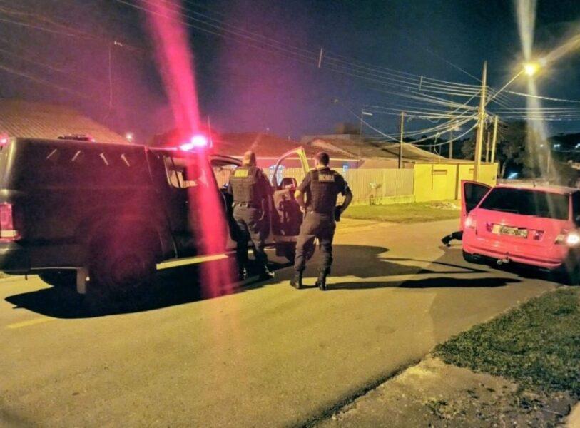 Com carro roubado, marginal tenta fugir da Guarda Municipal e acaba preso