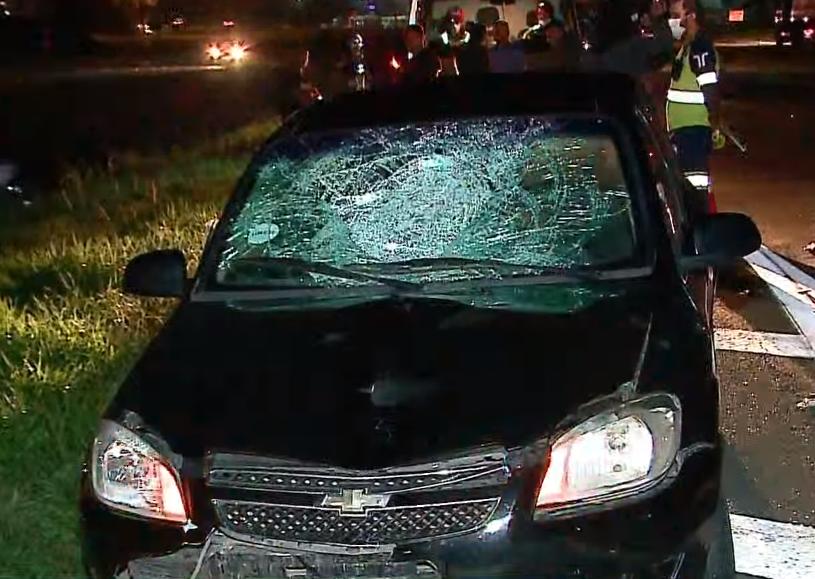 Caminhoneiro morre atropelado ao tentar atravessar rodovia na Grande Curitiba