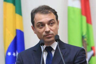 Governador de Santa Catarina decreta luto oficial pela morte de Mário Petrelli
