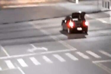 VÍDEO: Motorista circula com som de sirene de campo de concentração nazista durante quarentena