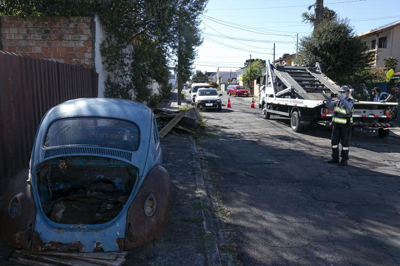carros-retirados-das-ruas-curitiba-Foto-Ricardo-Marajo-SMCS-6