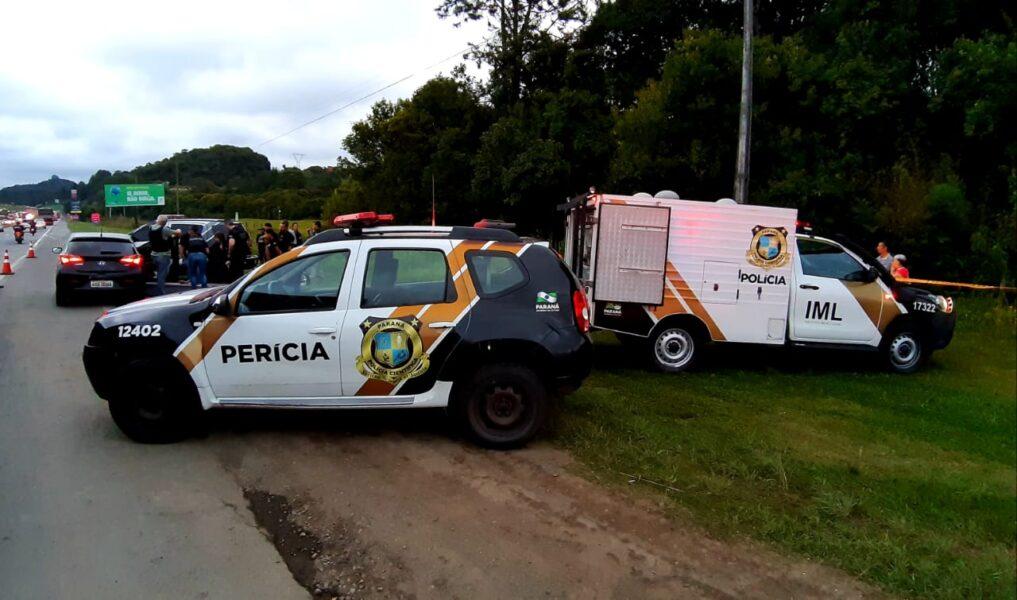 Casal é encontrado morto dentro de carro na BR-277, em Curitiba