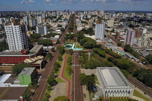 Prefeitura de Cascavel publica decretos que alteram toque de recolher e permitem abertura de praças de alimentação