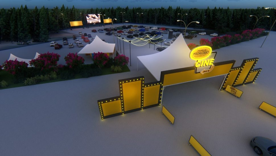 Cinema drive-in do Madalosso começa a exibir filmes; saiba como comprar