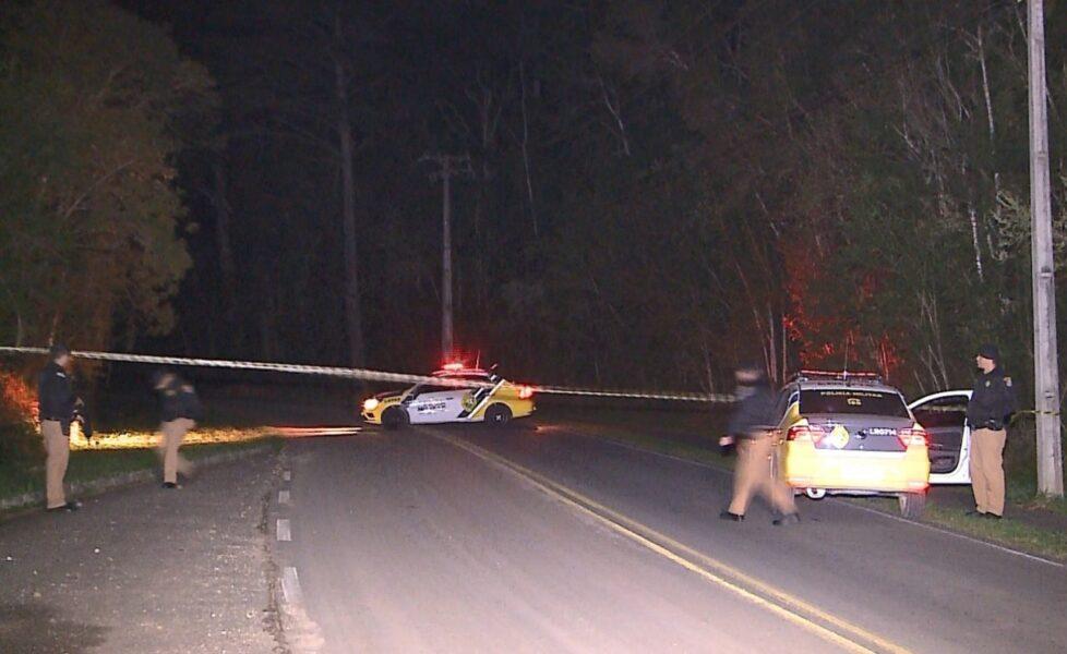 Após execução, corpo de jovem é abandonado na Estrada da Graciosa