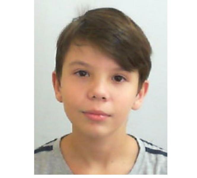 Menino de 11 anos morto com um tiro no peito é sepultado em Apucarana